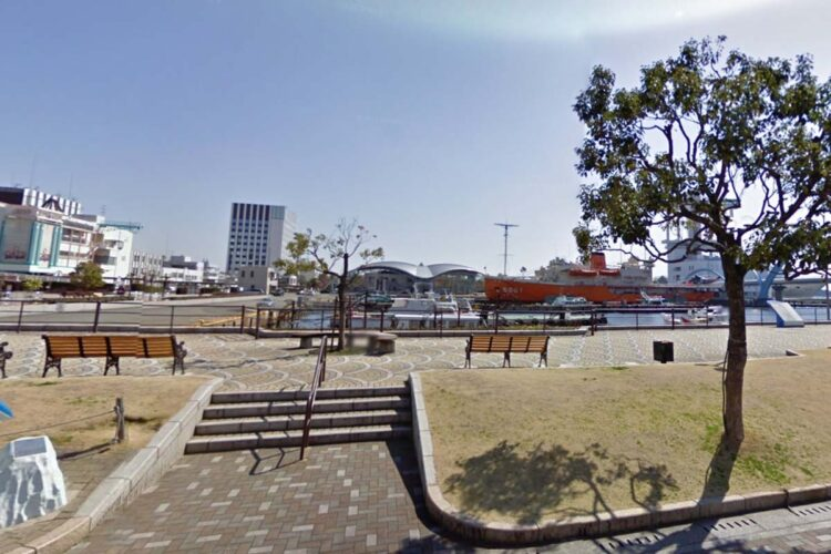 名古屋港周辺の広場